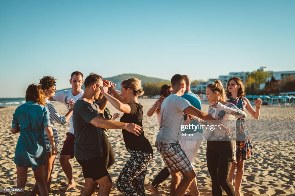 Salsa-Party am Strand : Stock-Foto