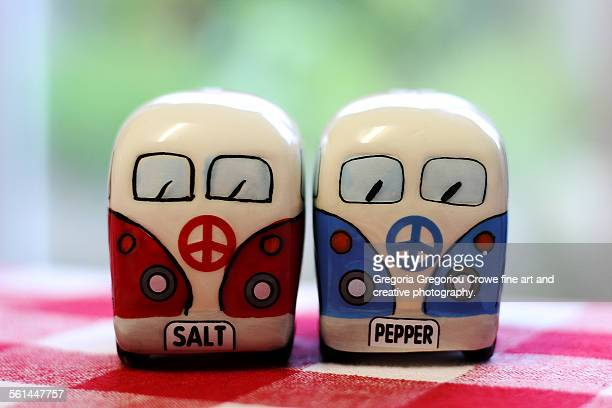salt and pepper shakers - gregoria gregoriou crowe fine art and creative photography fotografías e imágenes de stock