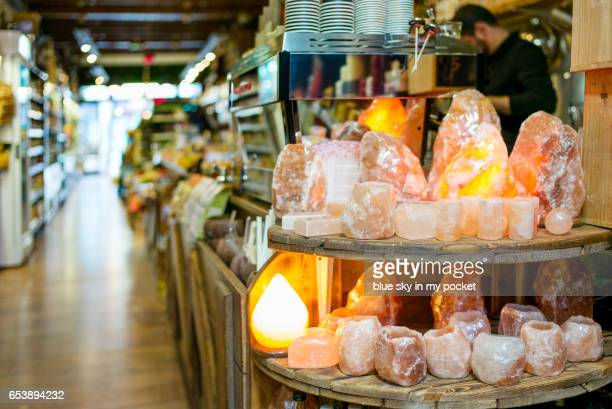 salt crystal lamps, natures beautiful air ionizers for your home and office. - himalayan salt stock pictures, royalty-free photos & images