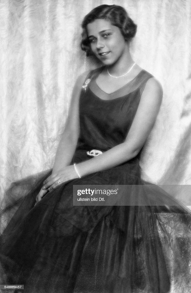 Salten, Anna Katharina - Actress, Germany *1904-1977+  - 1929 - Photographer: Edith Barakovich  - Published by: 'Die Dame' 09/1929  Vintage property of ullstein bild : Nachrichtenfoto