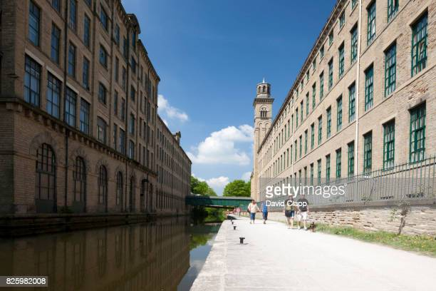 salt's mill in yorkshire - bradford england stock pictures, royalty-free photos & images