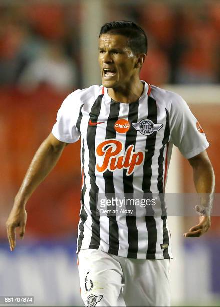 Salustiano Candia reacts during a second leg match between Independiente and Libertad as part of the semifinals of Copa CONMEBOL Sudamericana 2017 at...