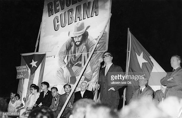 Salvador Allende Salvador Allende * Politician Socialist Chile President 19701973 Then Senator of the Socialist Party of Chile Allende giving a...