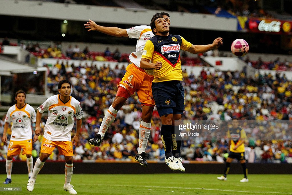 Aguilas del America v Jaguares de Chiapas - Apertura 2009