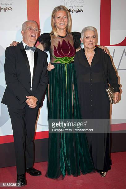 Salvador Tous, Gwyneth Paltrow and Rosa Tous attend 'Elle Magazine' Awards 30th Anniversary at Circulo de Bellas Artes on October 26, 2016 in Madrid,...