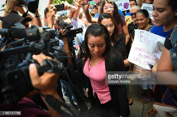 Salvadorean rape victim Evelyn Hernandez arrives at Ciudad Delgado's court in San Salvador on August 19, 2019 to wait for the verdict over homicide...