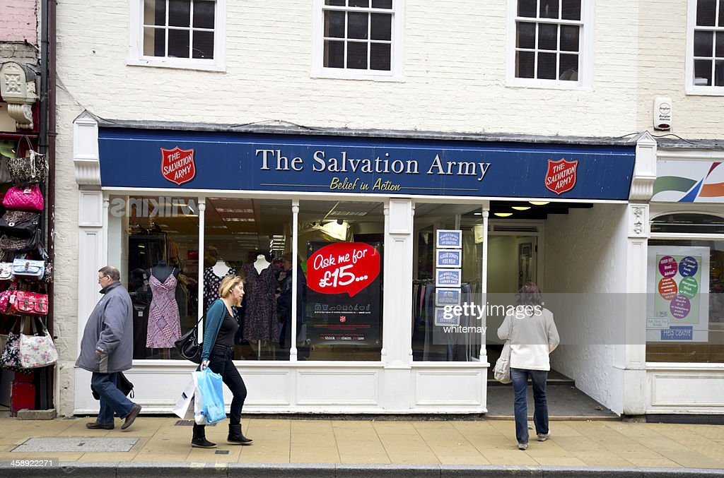 Salvation Army charity shop, Ipswich : Stock Photo