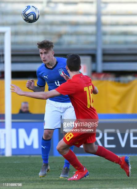 Salvatore Esposito of Italy U19 heads the ball during the UEFA Elite Round match between Italy U19 and Belgium U19 at Stadio Euganeo on March 20 2019...