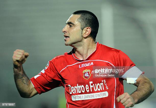 Salvatore Mastronunzio of Ancona celebrates his goal during the Serie B match between AC Ancona and Reggina Calcio at Del Conero Stadium on March 23,...