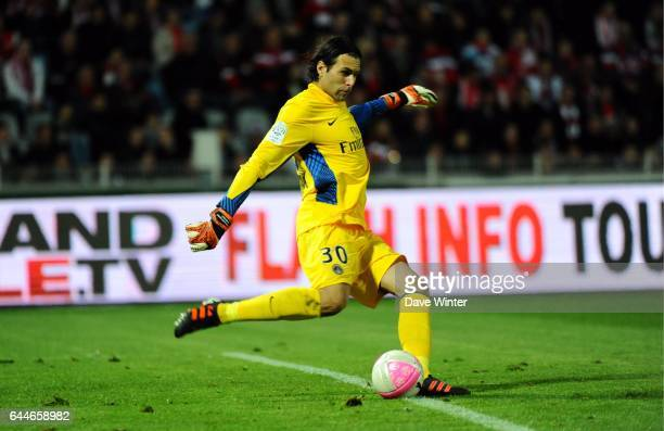 Salvatore SIRIGU Lille / PSG 34eme journee de Ligue 1 Photo Dave Winter / Icon Sport