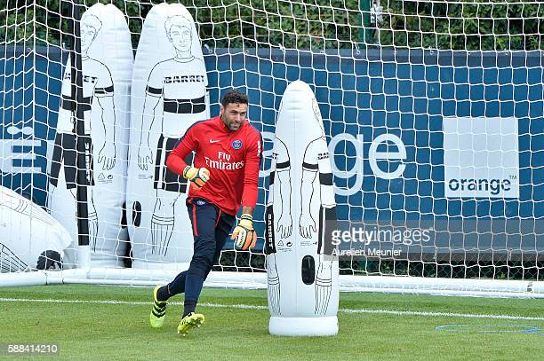 Salvatore Sirigu in action during a Paris SaintGermain training session on August 11 2016 in Paris France