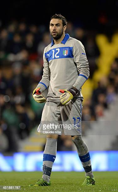 Salvatore Sirigu of Italy in action during the international friendly match between Italy and Nigeria at Craven Cottage on November 18 2013 in London...