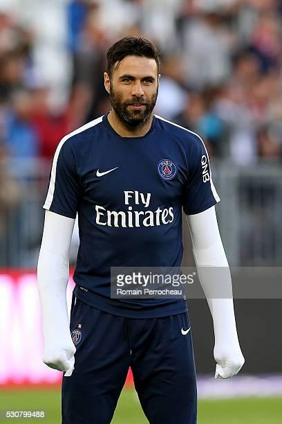 Salvatore Sirigu of Paris Saint Germain looks on before the French Ligue 1 match between FC Girondins de Bordeaux and Paris SaintGermain at stade...