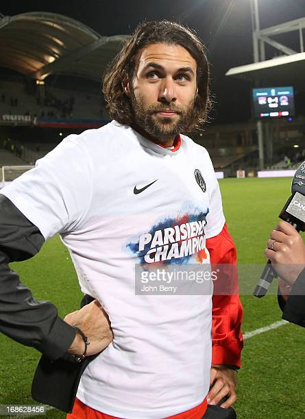 Salvatore Sirigu of PSG celebrates the french Ligue 1 title of PSG after the Ligue 1 match between Olympique Lyonnais OL and Paris SaintGermain FC...