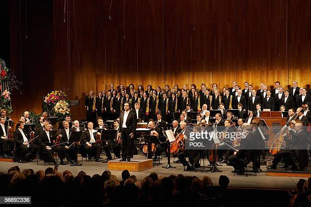 Ricardo Muti and the Vienna Philharmonic Orchestra are seen during a rehearsal for the concert at Mozarts 250th birthday 28 January 2006 in Salzburg...