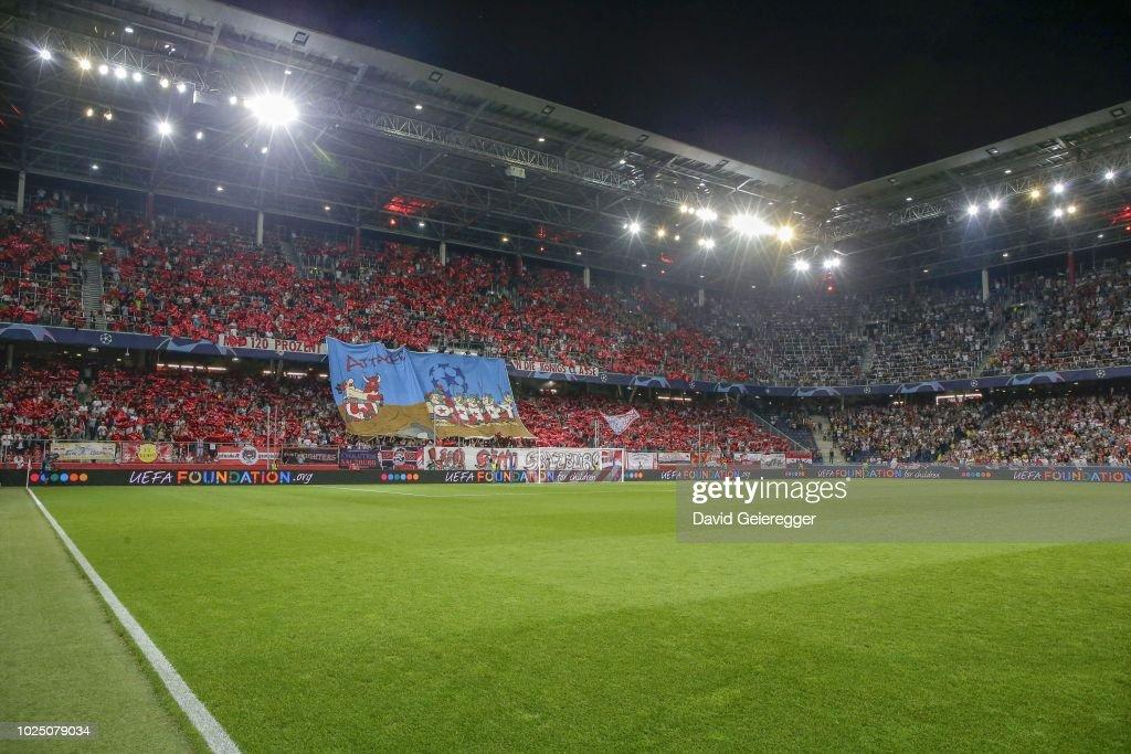 FC Salzburg v Red Star Belgrade - UEFA Champions League : ニュース写真