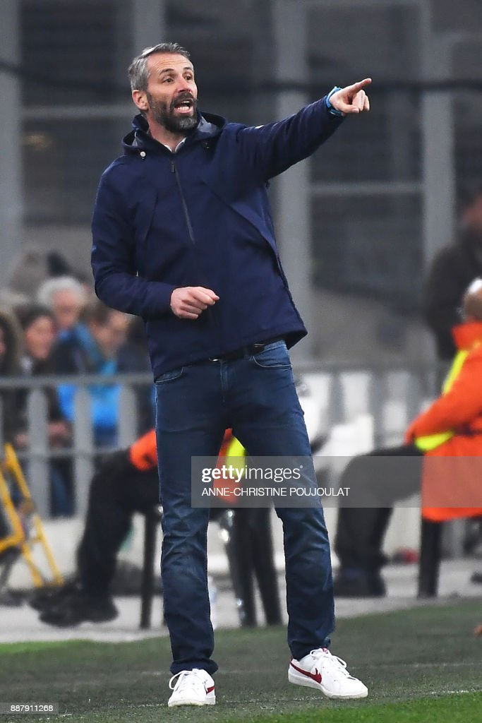 Salzburg's coach Marco Rose gives his instructions during the UEFA Europa League group I football match Marseille vs Salzburg on Décember 07, 2017 at the Velodrome stadium in Marseille, southern France. /