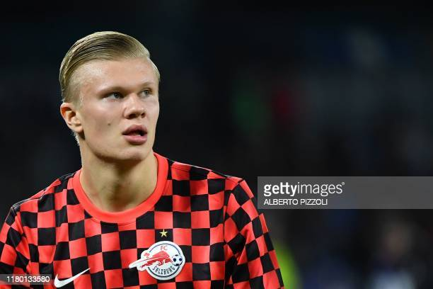 Salzburg's Norwegian forward Erling Braut Haland warms up prior to the UEFA Champions League Group E football match Napoli vs Salzburg on November 5...