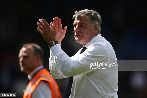 Sam Allardyce Manager of Crystal Palace shows appreciation to the fans after the Premier League match between Crystal Palace and Hull City at...