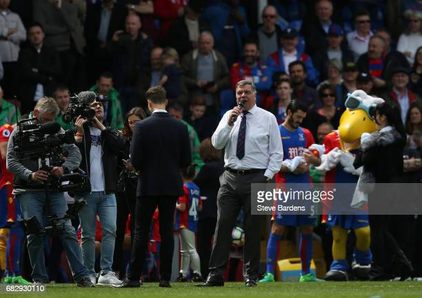 Sam Allardyce Manager of Crystal Palace speaks to the Crystal Palace fans after the Premier League match between Crystal Palace and Hull City at...