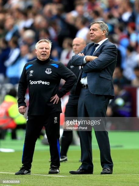 Sam Allardyce Manager of Everton and Assisant Sammy Lee looks on during the Premier League match between West Ham United and Everton at London...