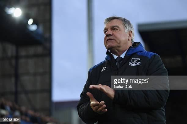 Sam Allardyce Manager of Everton shows appreciation to the fans after the Premier League match between Everton and Newcastle United at Goodison Park...
