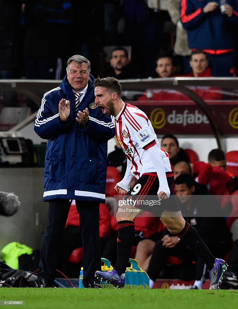 Sam Allardyce, manager of Sunderland congratulates Fabio Borini on his second goal during the Barclays Premier League match between Sunderland and Crystal Palace at Stadium of Light on March 1, 2016 in Sunderland, England.