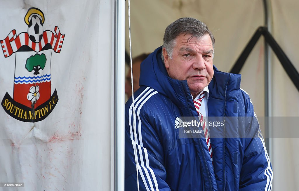 Sam Allardyce, manager of Sunderland looks on prior to the Barclays Premier League match between Southampton and Sunderland at St Mary's Stadium on March 5, 2016 in Southampton, England.