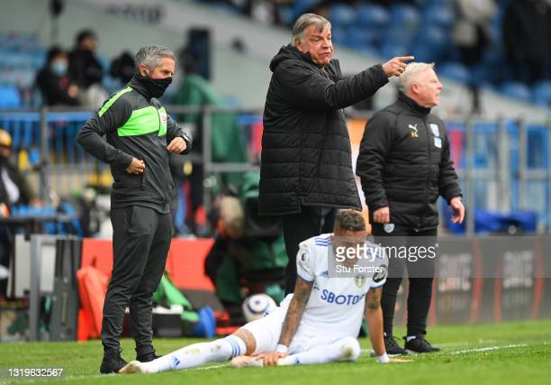 Sam Allardyce, Manager of West Bromwich Albion gives instructions to their side during the Premier League match between Leeds United and West...