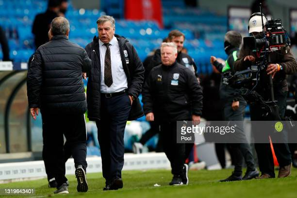 Sam Allardyce, Manager of West Bromwich Albion interacts with Marcelo Bielsa, Manager of Leeds United after the Premier League match between Leeds...