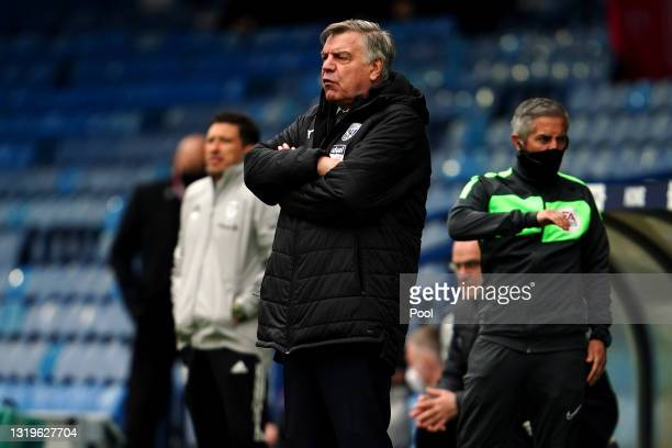 Sam Allardyce, Manager of West Bromwich Albion looks on during the Premier League match between Leeds United and West Bromwich Albion at Elland Road...
