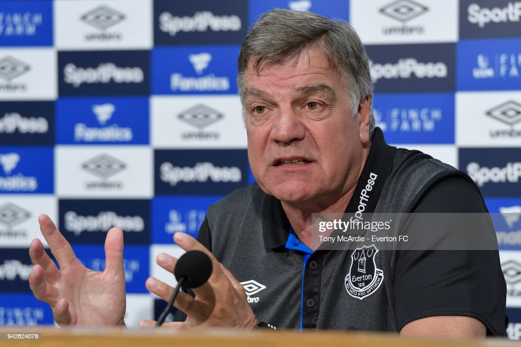 Everton Press Conference : News Photo
