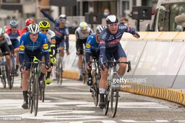 Sam Bennet of Team Deceuninck Quick Step and Ireland, Mark Cavendish of Team Deceuninck Quick Step and Great Britain, Jasper Philipsen of Team...