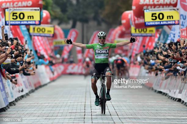 Sam Bennett of Team Bora Hansgrohe Germany celebrates victory after winning Stage 6 of the 54th Presidential Cycling Tour of Turkey 2018, Bursa to...