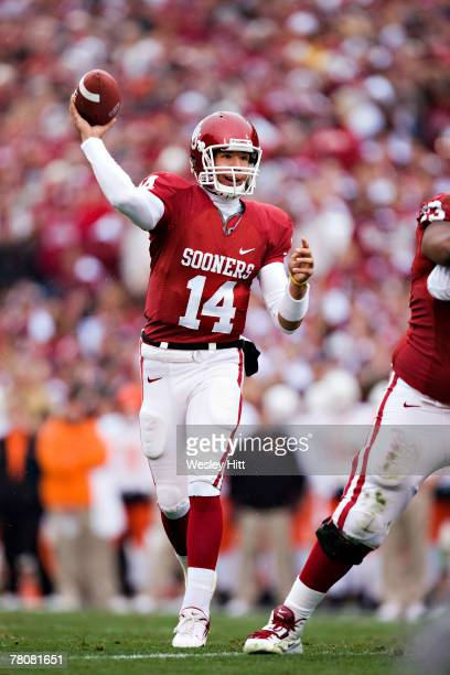 Sam Bradford of the Oklahoma Sooners throws a pass against the Oklahoma State Cowboys at Gaylord Family-Oklahoma Memorial Stadium November 24, 2007...