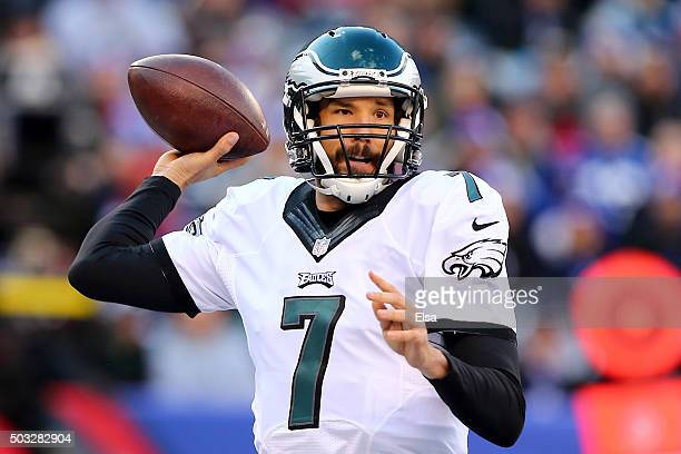 Sam Bradford of the Philadelphia Eagles throws the ball in the first half against the New York Giants during their game at MetLife Stadium on January...