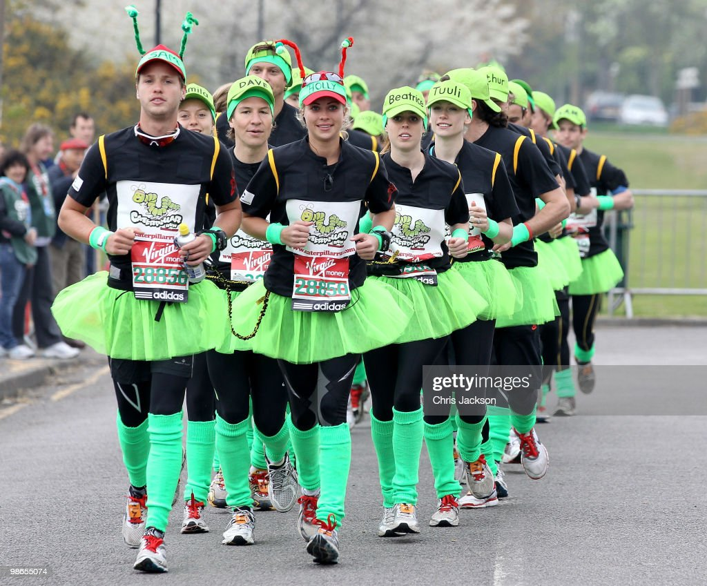 Virgin London Marathon 2010 - Celebrity Start : News Photo