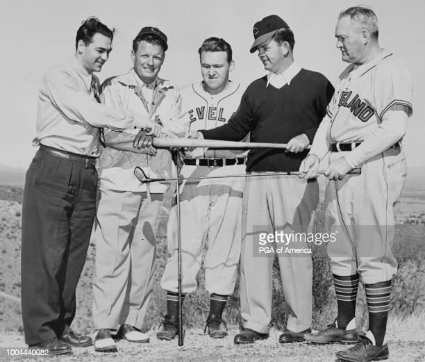 Sam Byrd poses with members of the Cleveland Indians'n