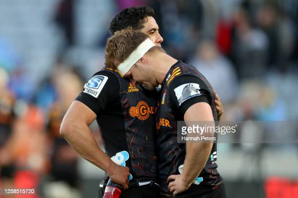 Sam Cane and Anton Lienert-Brown of the Chiefs react after losing the round 7 Super Rugby Aotearoa match between the Blues and the Chiefs at Eden...