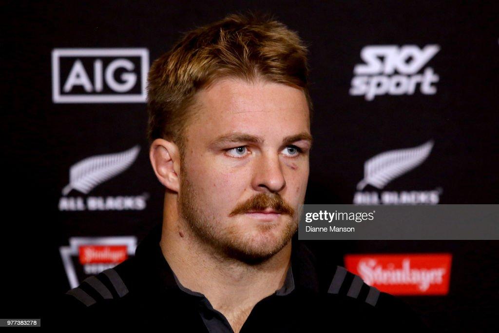 New Zealand All Blacks Press Conference & Community Event : News Photo
