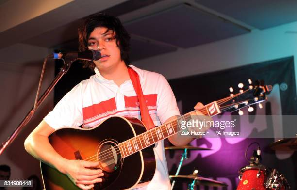 Sam Duckworth AKA Get Cape Wear Cape Fly performs in the Gibson Guitar Studio Rathbone Street London as part of a Billy Bragg performance to support...