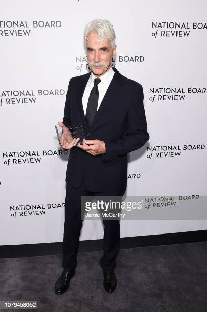 Sam Elliot poses backstage with the Best Supporting Actor award for A Star Is Born during The National Board of Review Annual Awards Gala at Cipriani...