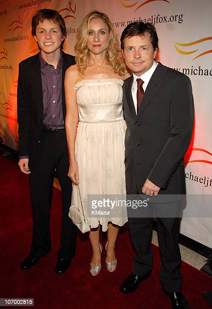 Sam Fox Tracy Pollan and Michael J Fox during A Funny Thing Happened on the Way to Cure Parkinson's 2006 Benefit for The Michael J Fox Foundation Red...