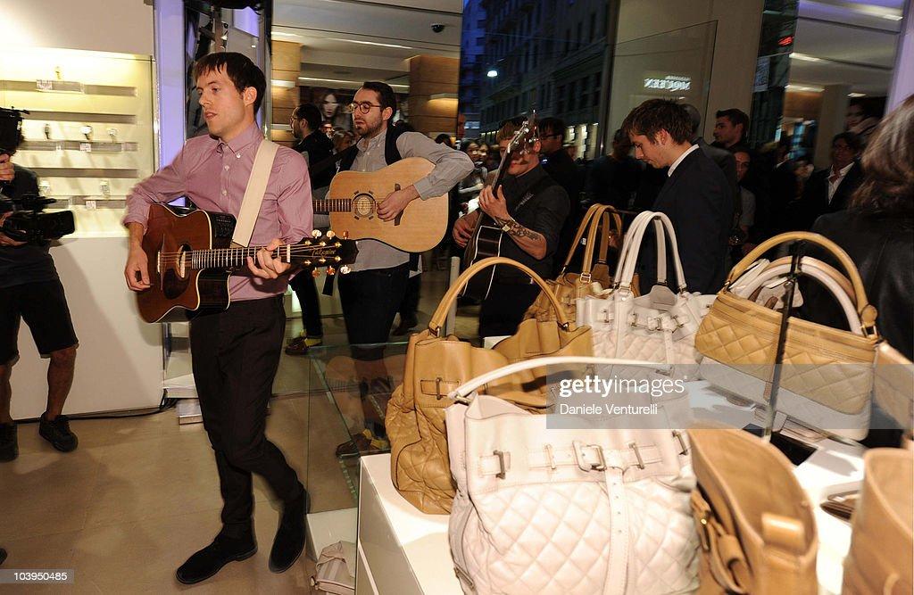 Burberry: Milan Vogue Fashion Night Out : News Photo