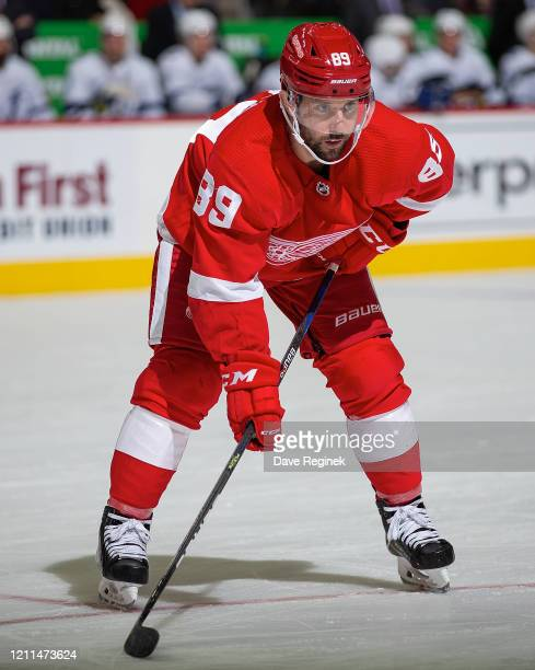 Sam Gagner of the Detroit Red Wings gets set for the face-off against the Tampa Bay Lightning during an NHL game at Little Caesars Arena on March 8,...