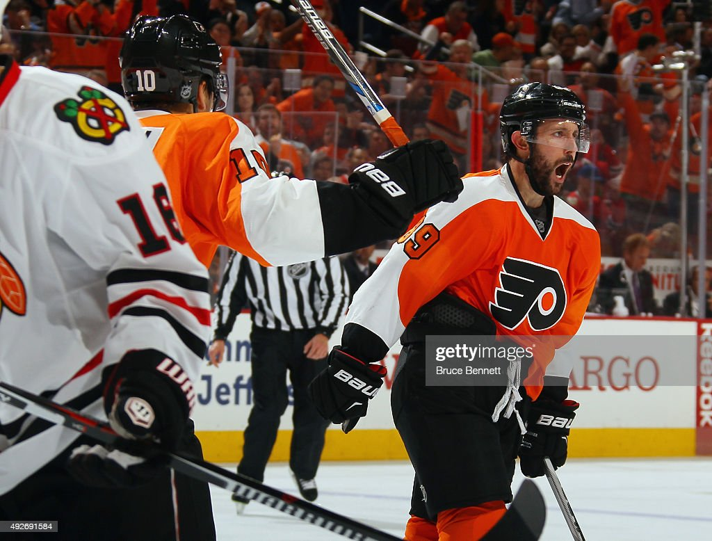 Sam Gagner #89 of the Philadelphia Flyers scores on the powerplay at 5:35 of the second period against the Chicago Blackhawks at the Wells Fargo Center on October 14, 2015 in Philadelphia, Pennsylvania.