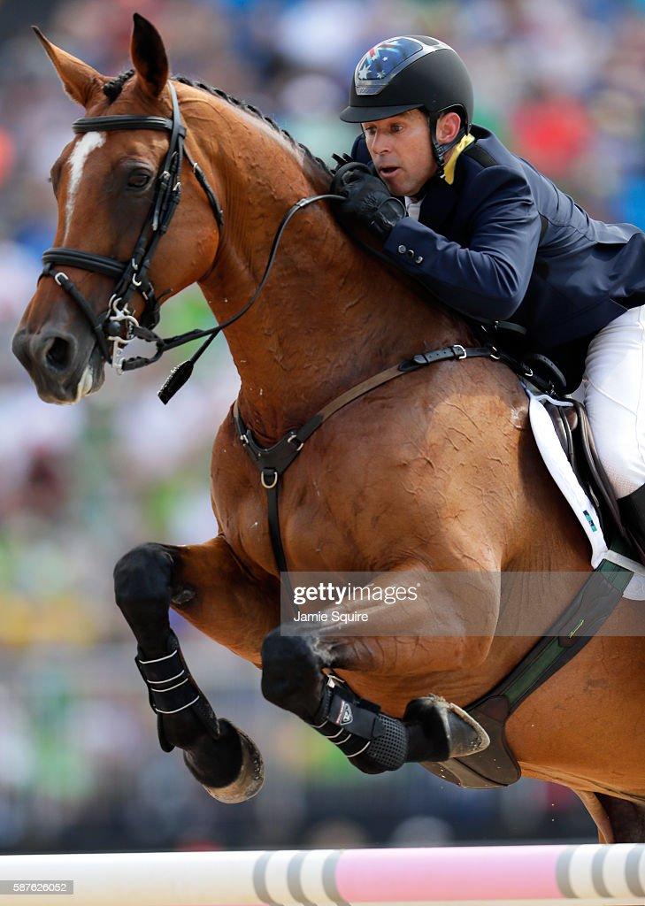 Equestrian - Olympics: Day 4 : Fotografía de noticias