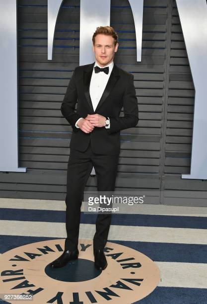 Sam Heughan attends the 2018 Vanity Fair Oscar Party hosted by Radhika Jones at Wallis Annenberg Center for the Performing Arts on March 4 2018 in...