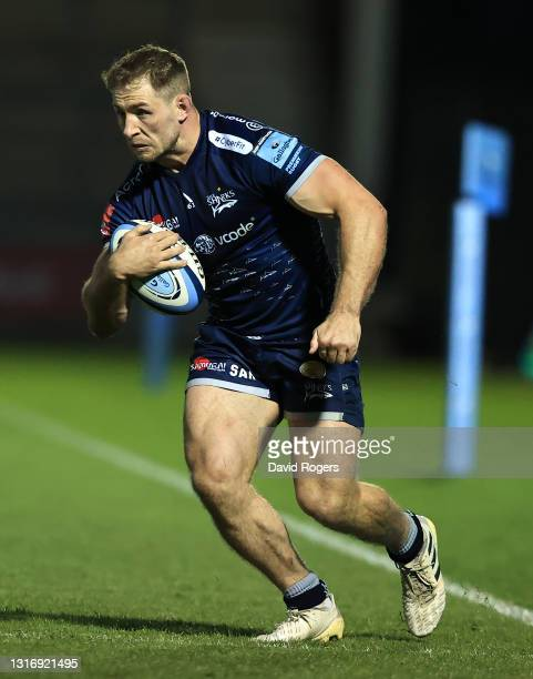Sam Hill of Sale Sharks runs with the ball during the Gallagher Premiership Rugby match between Sale Sharks and Leicester Tigers at AJ Bell Stadium...