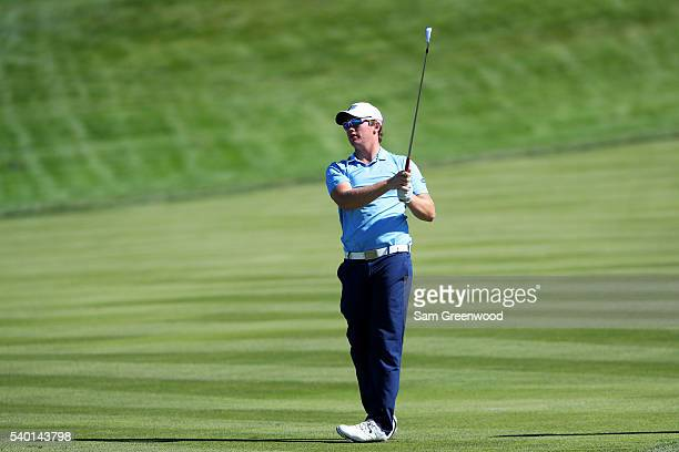 Sam Horsfield of the United States plays his shot during a practice round prior to the US Open at Oakmont Country Club on June 14 2016 in Oakmont...